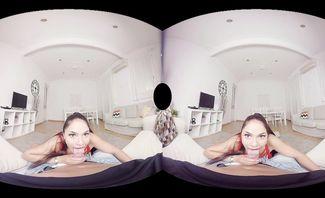 Marta La Croft Spanish Tour for Virtual Real Porn