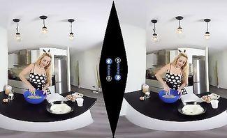 Blondie Fesser Cookies N Cream for BaDoinkVR