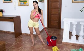 Horny Maid Featuring Moona Snake