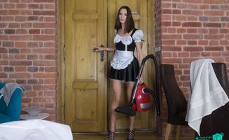 Naughty Maid Lovenia Lux