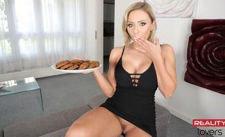 Cookies 'N' Cream - Lilli Vanilli