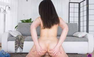 Her First Adult Experience - Stacy Sommers