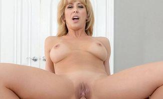 Super Mom - Cherie Deville