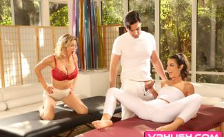 The Best Massage Of Your Life - Alexis Fawx, Lily Adams