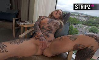 Too Hot To Handle - Lauren Brock
