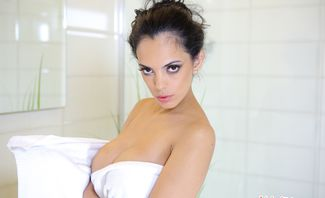 Come Join Me In The Shower - Katrina Moreno