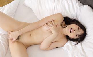 Pajama Off, Hands On - Mai Honda