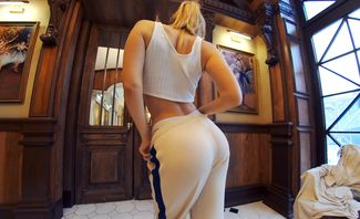 Blondes Look Good in Anything