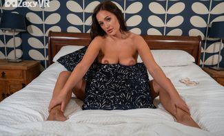 Dreaming Of Frankie L Bedtime Striptease