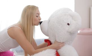 Jenny Wild Secret Affair With My Teddy Bear