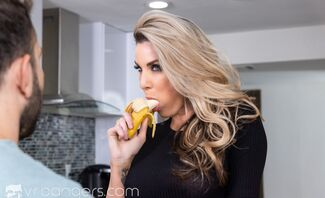 Honey, Are You Hungry? with Kayla Paige